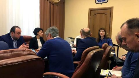 Долги по взносам за капитальный ремонт обсудили в Подольске