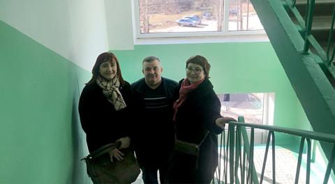 В Сергиево-Посадском районе представители Ассоциации проверили качество ремонта подъездов