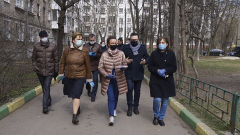 Проверка дезинфекции подъездов в Лыткарино