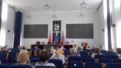 Суд признал недействительными решения общих собраний собственников о выборе УК «КВАНТ-7» в Балашихе